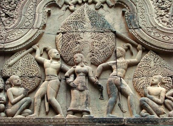 The fight between the asura brothers Sunda and Upasunda over the apsaras - Angkor